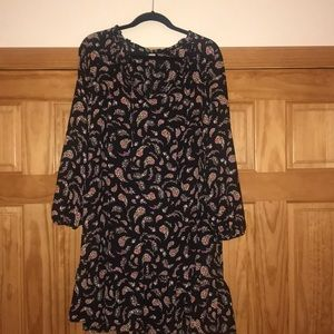 NWOT boho dress with sweet floral print on black